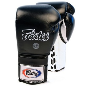 Fairtex Boxing Gloves / Lace-up Sparring / Black-White