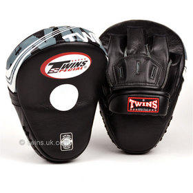 Twins Black Deluxe Curved Leather Focus Mitts