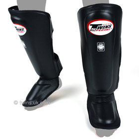 Twins Deluxe Leather Shin Pads Black
