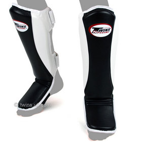 Twins Super Slim Shin Pads Black & White